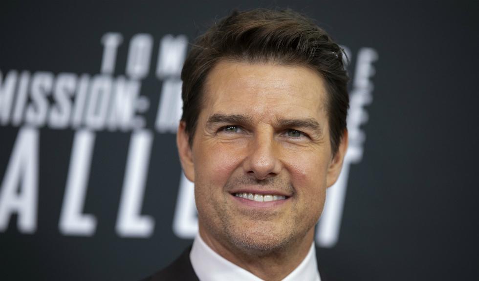 Apariția lui Tom Cruise la un meci de baseball a stârnit un val de controverse pe social media